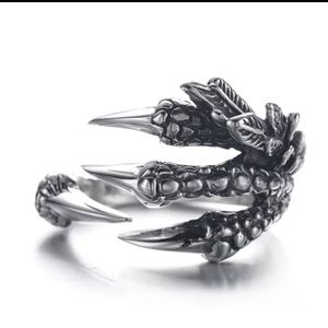 Other - Men Adjustable Dragon Claw Ring One size